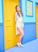 COLORIZ Photobook Color Ver Wonyoung 3