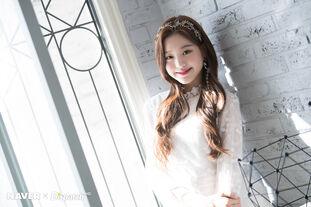 Naver x Dispatch Maknae Wonyoung 3