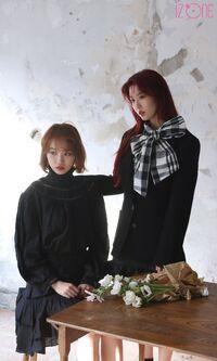 Eunbi Chaewon Marie Claire Behind4