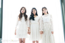 Naver x Dispatch Wonyoung with Umji and Arin 7