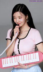 Oneiric Diary DIARY Behind Eunbi2