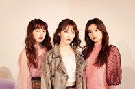 November 2019 shethree magazine Yena Sakura Hyewon