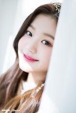 Naver x Dispatch Maknae Wonyoung 8