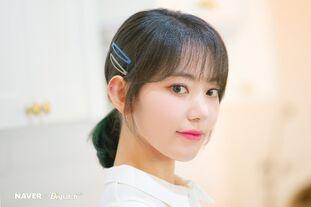 Naver x Dispatch 2020 Sakura 2