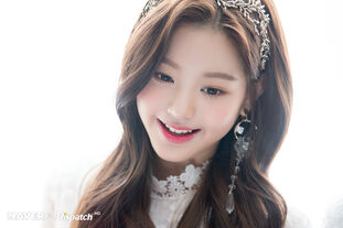 Naver x Dispatch Maknae Wonyoung 1