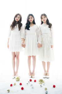 Naver x Dispatch Wonyoung with Umji and Arin 6