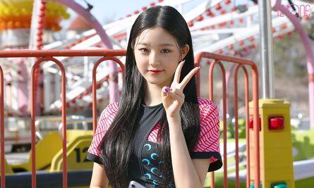 Wonyoung DAZED Behind5