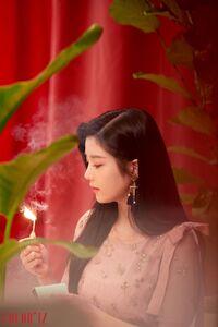 MV Behind the scenes Eunbi 1
