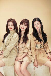 Elle magazine Japan group 4