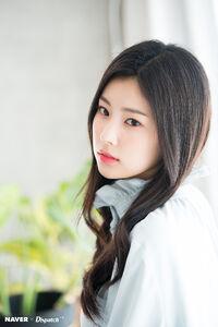Naver x Dispatch Hyewon 4