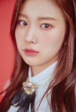 COLORIZ Photobook Rose Ver Hyewon 4
