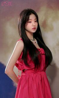 Wonyoung DAZED Behind2