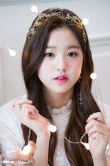 Naver x Dispatch Maknae Wonyoung 14