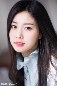Naver x Dispatch Hyewon 3