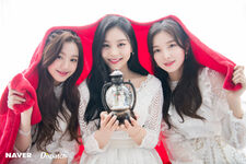 Naver x Dispatch Wonyoung with Umji and Arin 2