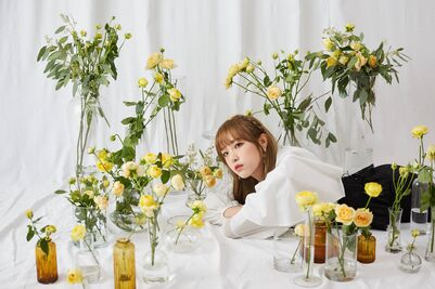 BTS Photo Shoot Yena
