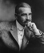 274px-L. Frank Baum (1911)