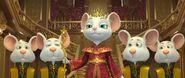 Королева Рамина и её слуги