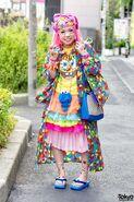 Harajuku-Decora-Fashion-Walk-15-032-300x450