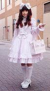 Shiro-lolita-1 91347446