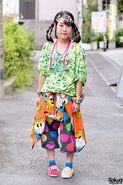 Harajuku-Decora-Fashion-Walk-15-042-300x450