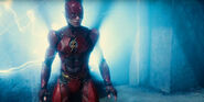 Landscape-1469528374-the-flash-in-the-justice-league-trailer