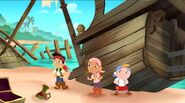 Jake&crew-Captain Hook's Parrot05