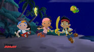 Jake&crew with Tinker Bell-Battle for the book02
