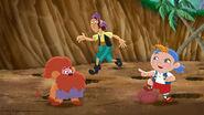 Cubby&Bones-Treasure Tunnel Trouble