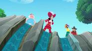 Hook&crew-Captain Hook's Lagoon03