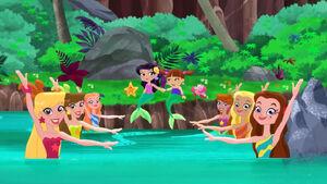 Mermaids-Jake's Royal Rescue03.jpg
