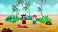 Hook&Smee-The Golden Pirate Pyramid05
