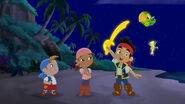 Jake&crew with Tinker Bell-Battle for the book05