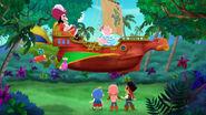 Hook&SmeeLeaky Beak-Sail Away Treasure