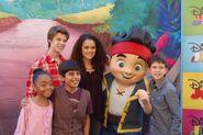 Jake&Cast02