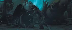 Szczerbatek i Czkawka po ataku Valki Jak Wytrsować Smoka 2