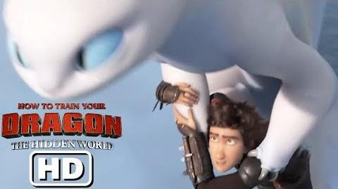 HTTYD3 Clip - Toothless and the Light Fury!