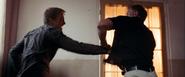 James Bond contre Edmund Slate