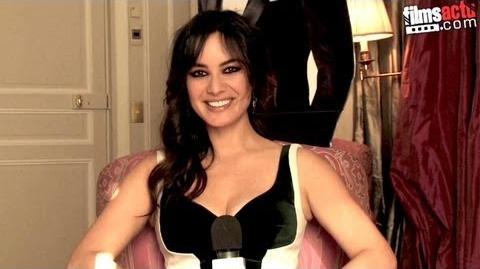 Berenice Marlohe - la James Bond Girl de Skyfall en Interview pour Filmsactu
