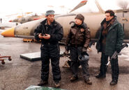 007- Dickey Beer on-set of Tomorrow Never Dies with stunt doubles