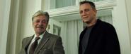 Mathis, Bond et la phrase