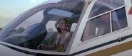 Entrée de Bond dans l'hélicoptère