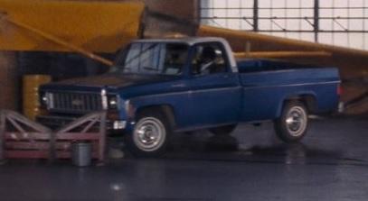 Chevrolet C-10 Custom Deluxe Fleetside