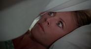 Mary dans le lit
