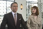 Quantum of Solace - Bond and Fields