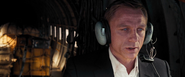 James Bond et Camille l'espionne