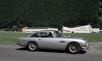 Aston Martin Db5 James Bond Wiki Fandom