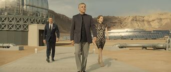 Spectre - Blofeld takes Bond on a tour of his facility
