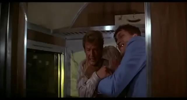 Richard Kiel - Requin Vs James Bond