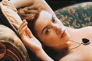 Kate winslet titanic nude drawing scene